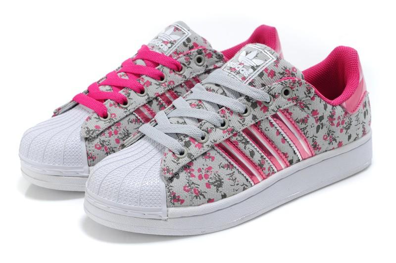 adidas chaussure femme original